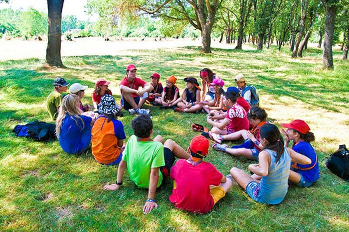 Últimos lugares para los campamentos de verano en